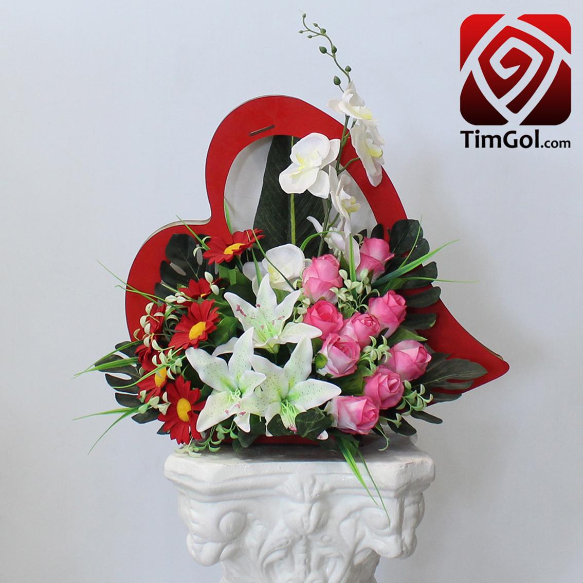 گل مصنوعی لیلیوم و گل مصنوعی ارکیده