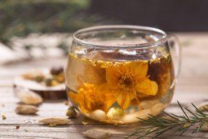 خواص گل پریوش